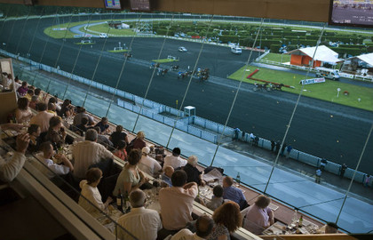 Restaurant-Le-Sulky-Hippodrome-de-Paris-Vincennes-_-630x405-_-©-OTCP_block_media_big