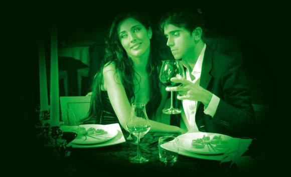 restaurant dans le noir insolite à Paris