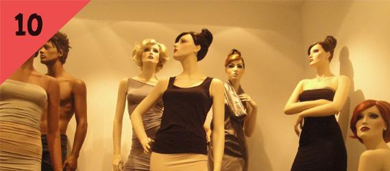 mannequin vitrine EVJF intripid