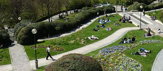 jardin-insolite-paris-parc-belleville
