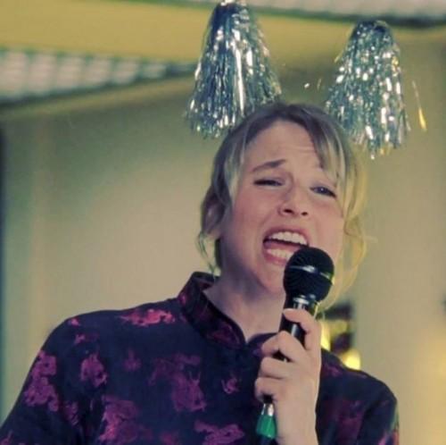 bridget-jones karaoke