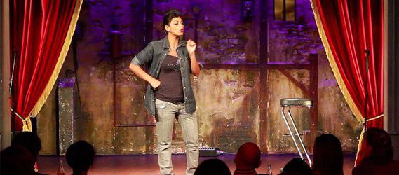 Djebam Comedy Club bar stand up one man show paris