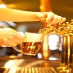 Les bars avec pompes à bière en libre service à Paris