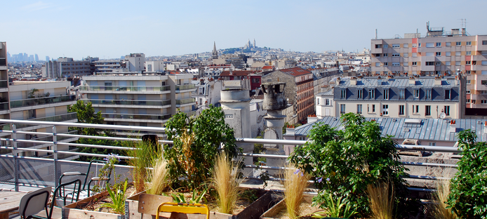 les 10 meilleurs bars rooftop de paris le blog intripid. Black Bedroom Furniture Sets. Home Design Ideas