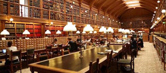 Bibliothèque de l'hôtel de ville - Coworking gratuit Paris - Intripid