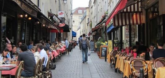 Les meilleurs quartiers où sortir à Paris - Mouffetard blog Intripid