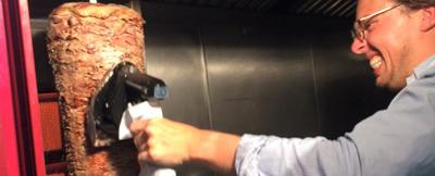 faire-son-kebab-anniversaire-insolite-paris-evg1