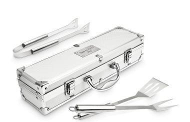 Top 10 des gadgets à offrir pour un anniversaire à Paris - Kit barbecue