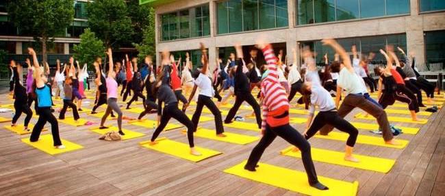 yoga wanderlust <1