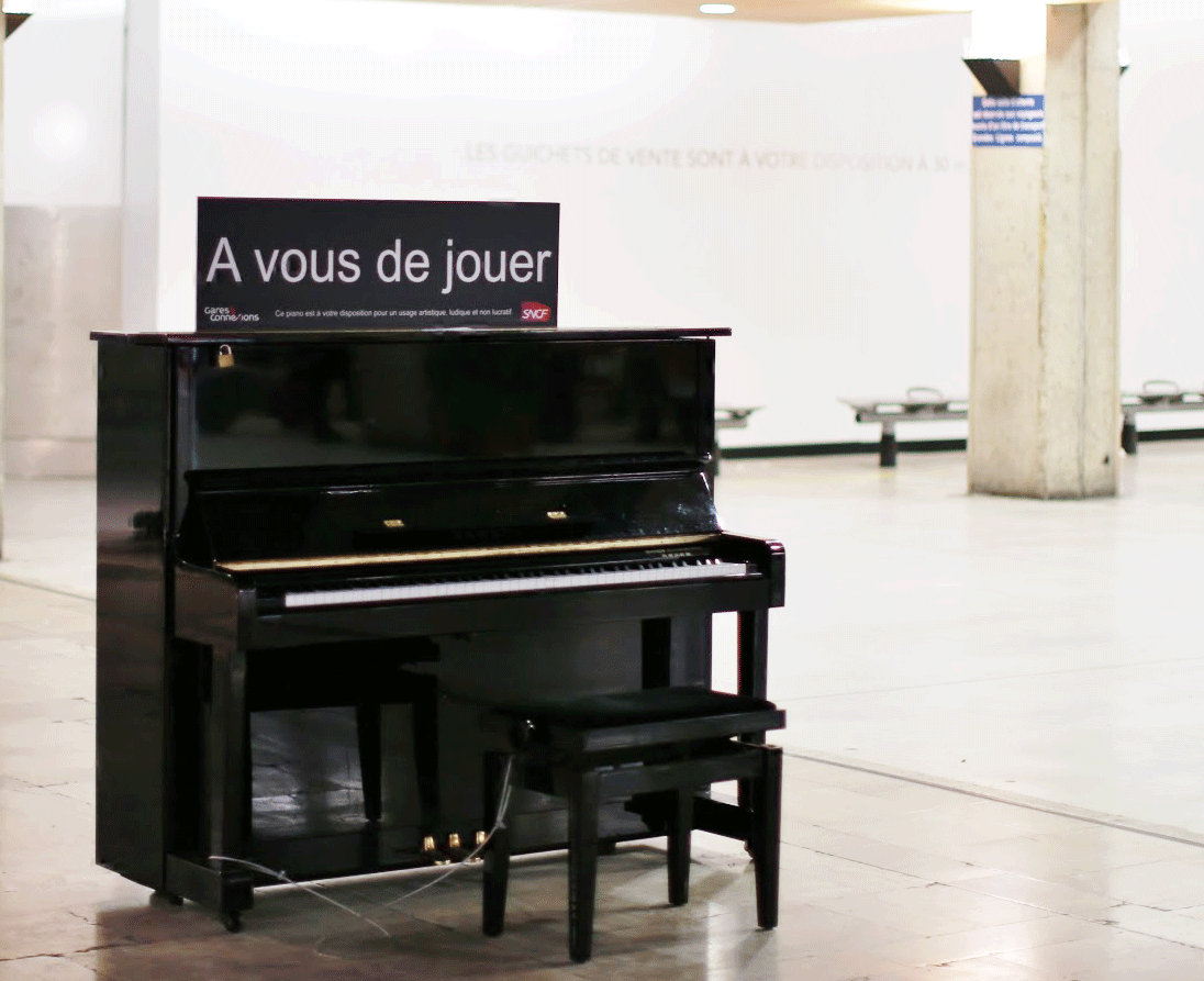 Street-Piano-Paris-Montparnasse