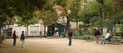 196778-le-square-des-batignolles-l-incontournable-de-la-petanque-2