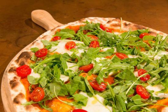in-bocca-al-lupo-pizzeria