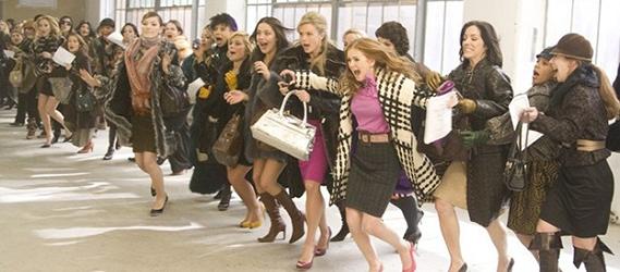 soldes-femmes-en-furie-shopping