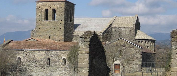 La ruta románica de Cataluña-monasterio benedictiono de Sant Pere de casserres Intripid