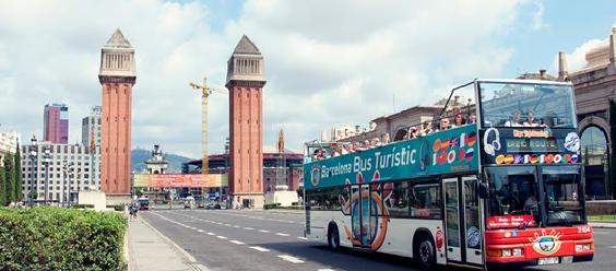 Visitar Barcelona con niños-Bus turístico Intripid