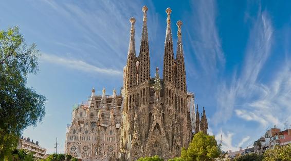 Que hacer en Barcelona. Sagrada familia. Intripid.