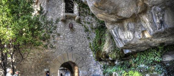 La ruta románica de Cataluña-Sant Miquel del Fai